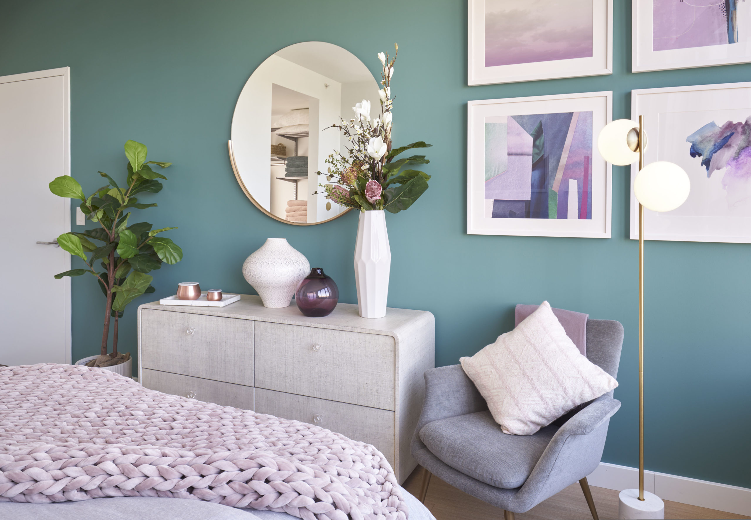 green accent wall in vyv bedroom