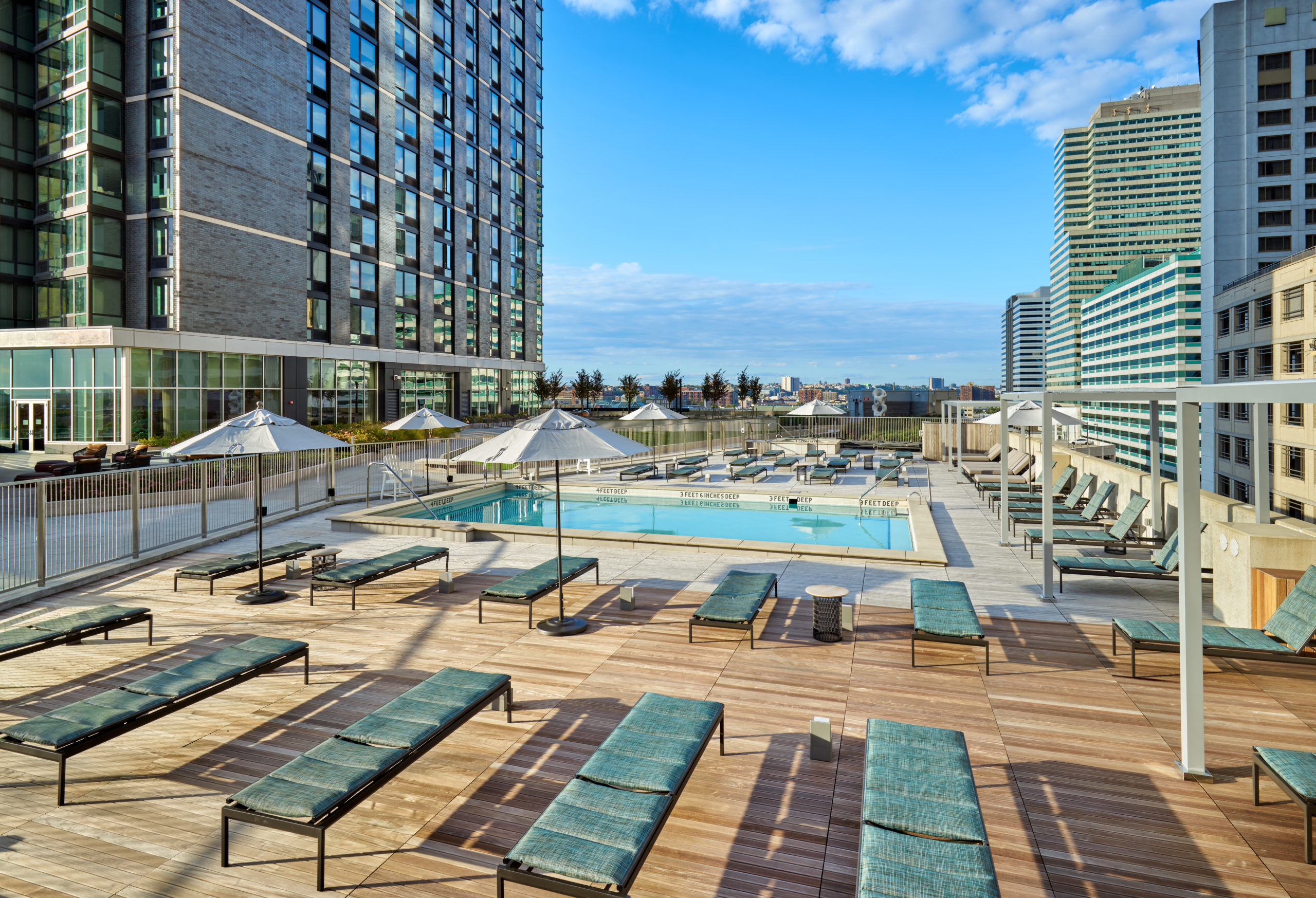 vyv south roof deck pool