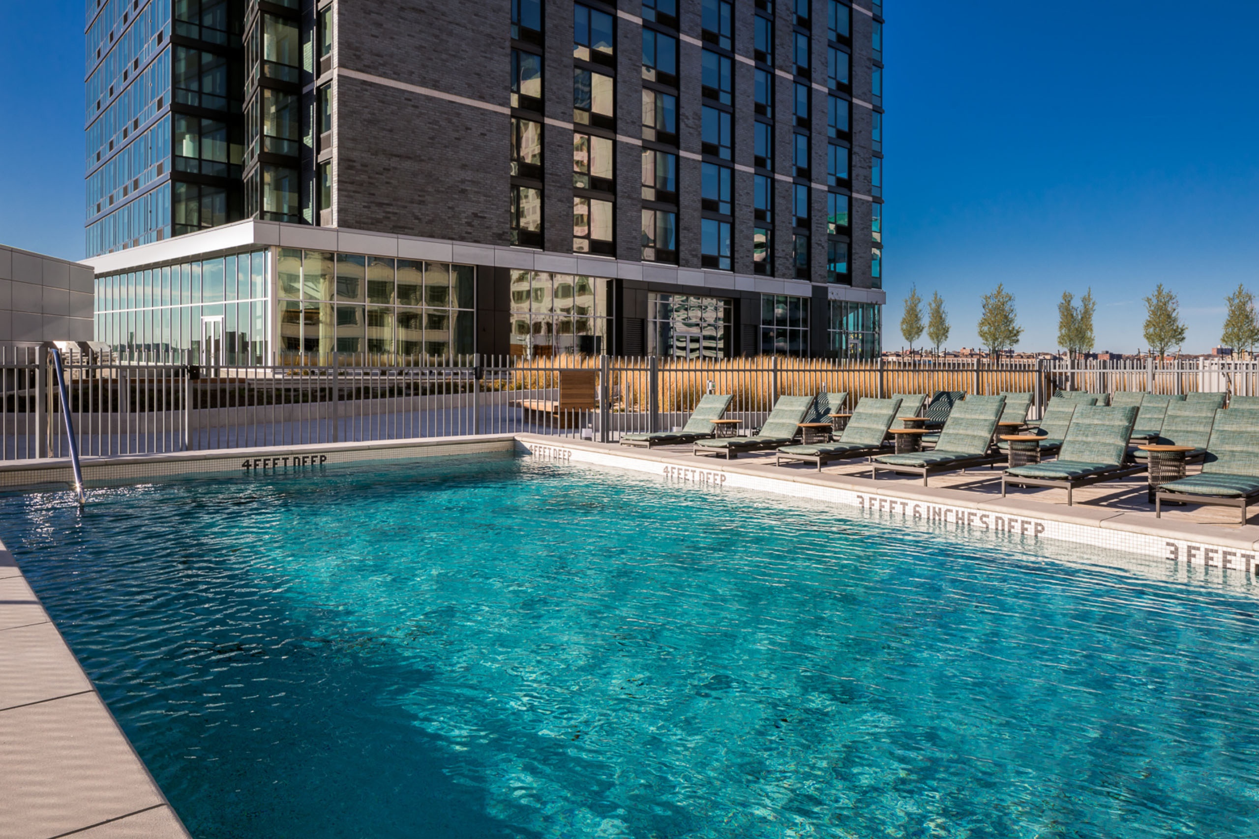 pool amenities on roof deck of jersey city rental
